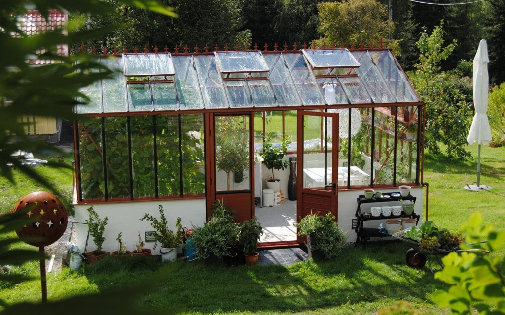 How To Setup A Small Greenhouse In Wisconsin