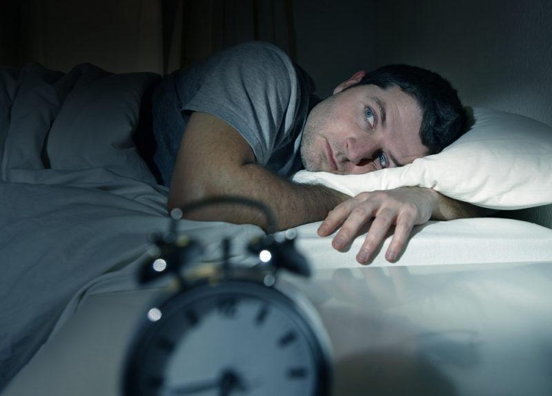 how to sleep on memory foam pillow