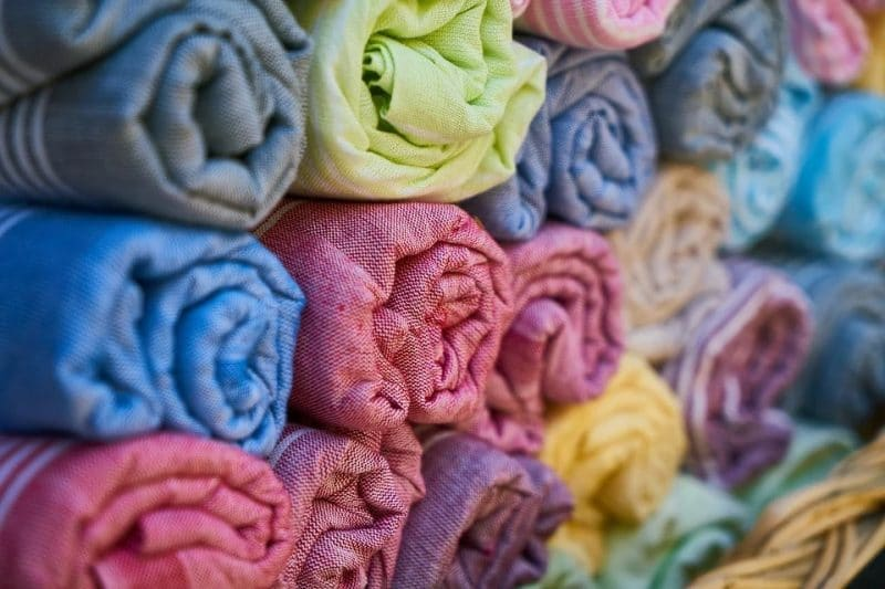 How Much Fabric Do I Need For A Pillow Case