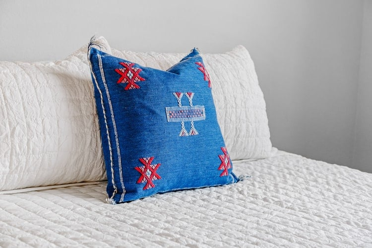 How to Sew a Cross-stitch Pillow