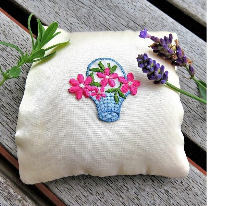 How To Embroider A Pillow