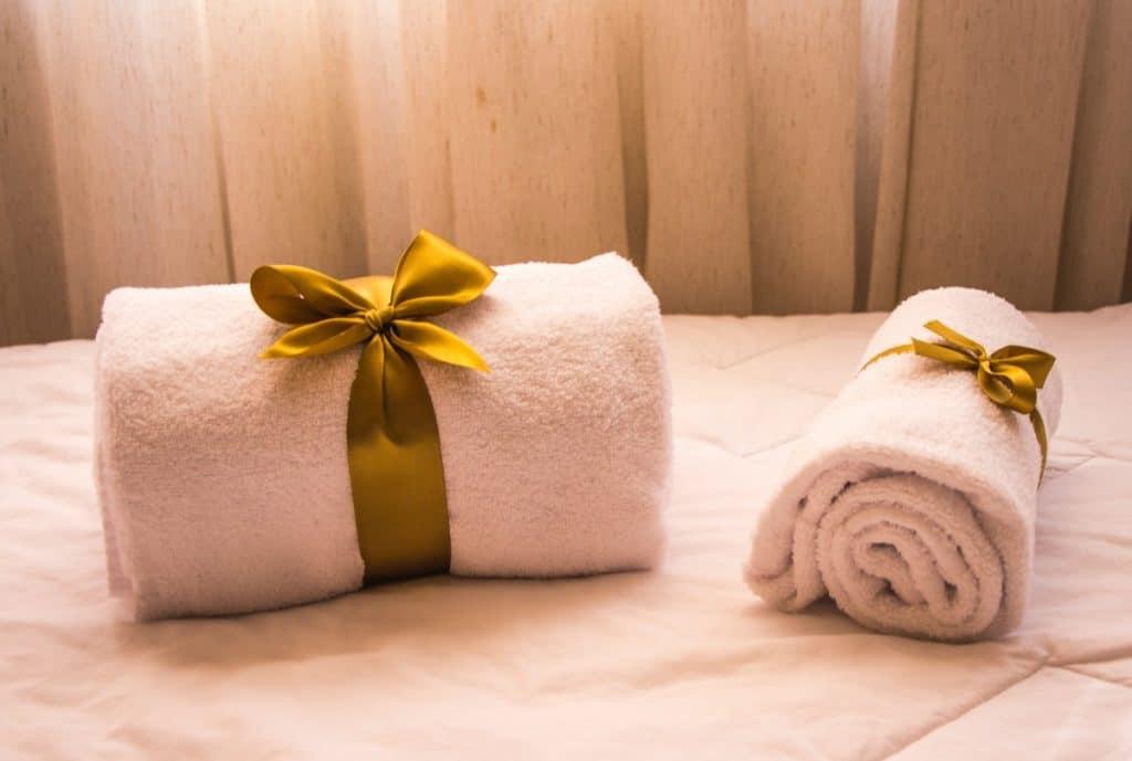 how to pack a memory foam mattress