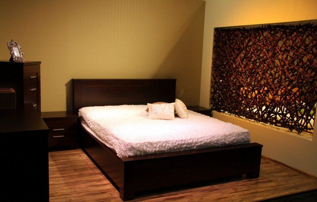 How much does a king mattress weigh