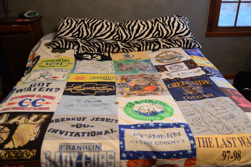 how to make a t-shirt blanket without sewing