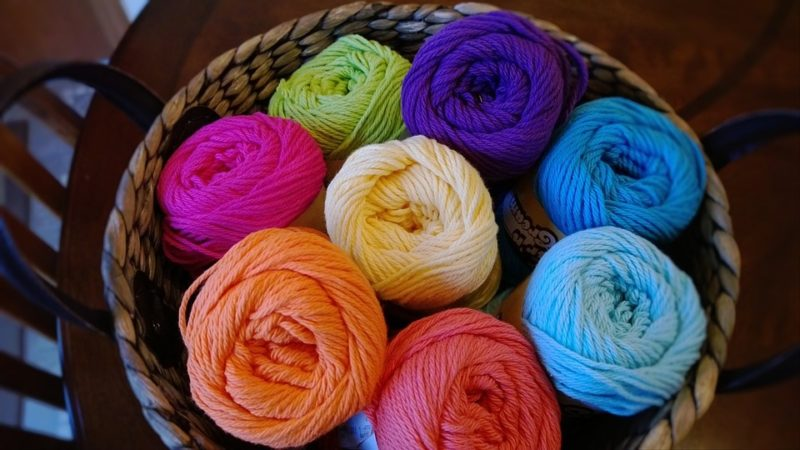 How Much Yarn For Arm Knit Blanket