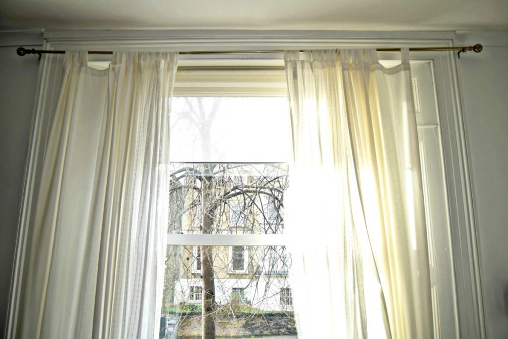 how to make pinch pleat curtains with clip rings