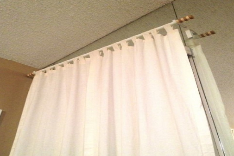 How to install curtains without screws