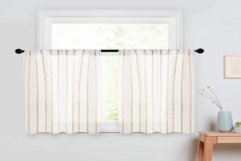 how to hang cafe curtains