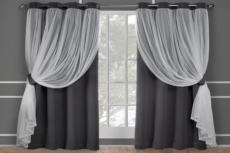 How To Decorate With Curtains