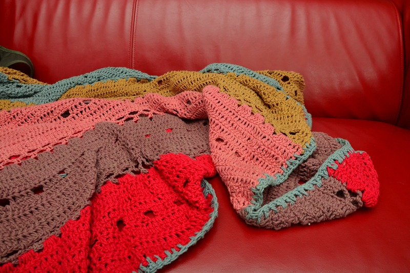 how to add a hood to a crochet blanket