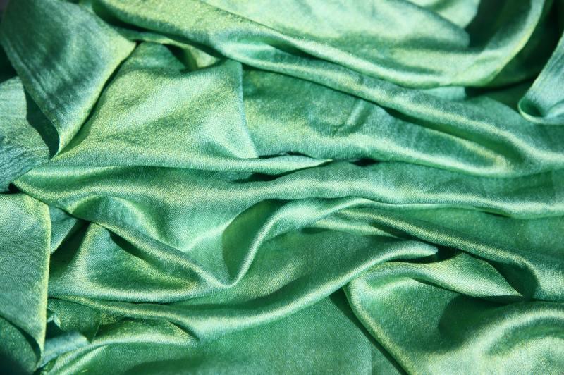 how to draw blanket folds