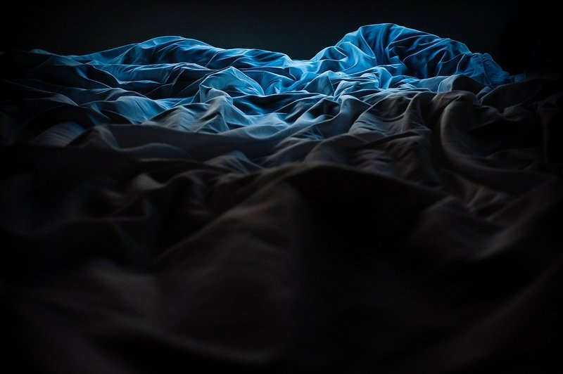 how to dry weighted blanket