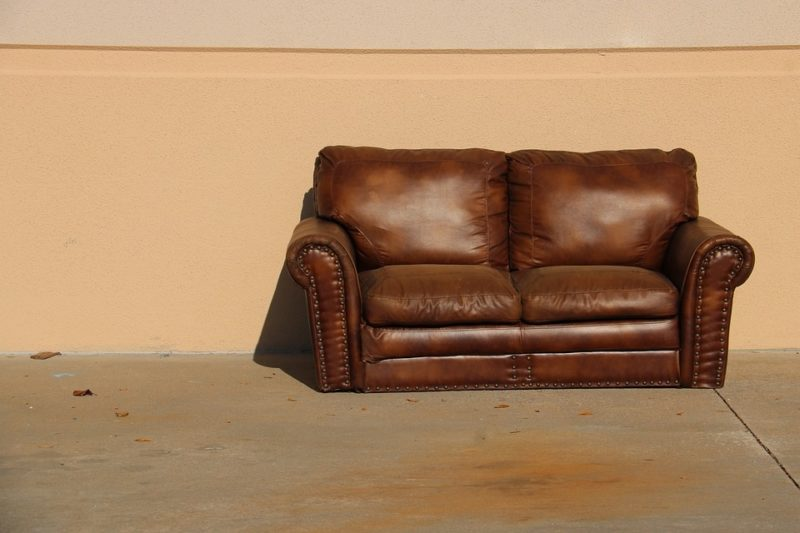 How To Remove Paint From Leather Sofa