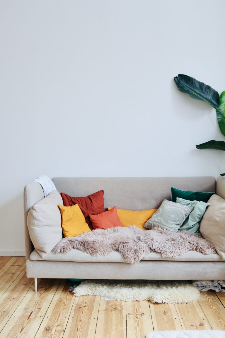 How Much Fabric to Reupholster a Loveseat - Krostrade