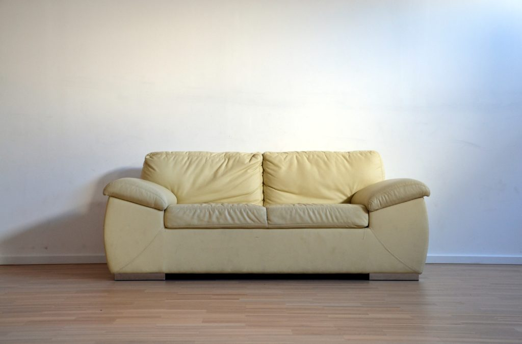 what is a t cushion loveseat