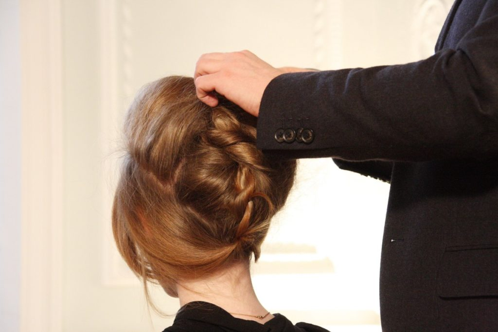 how to wear your hair to bed