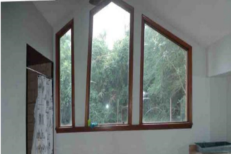 how to hang curtains on odd shaped windows