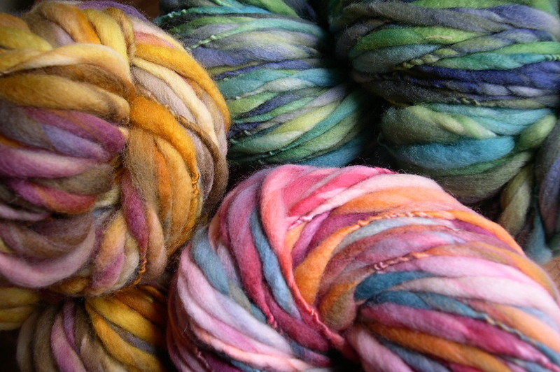 where to buy yarn for arm knitting blanket