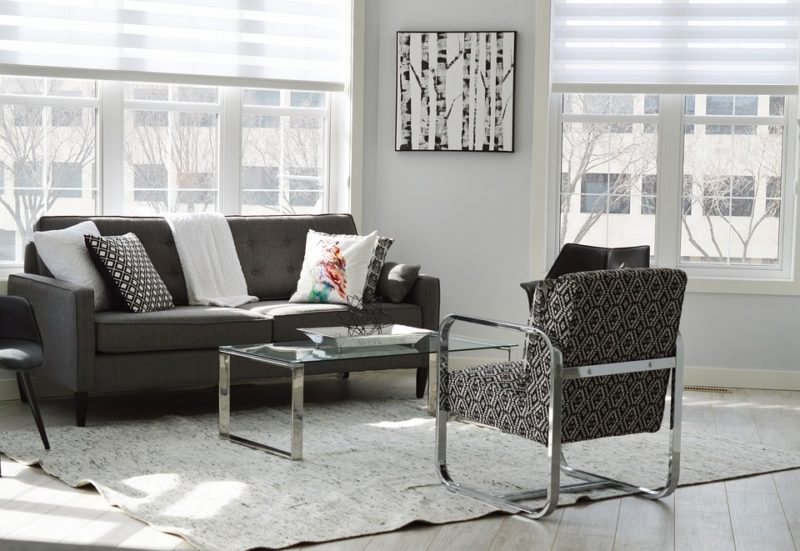 What Color Curtains Go With Gray Sofa