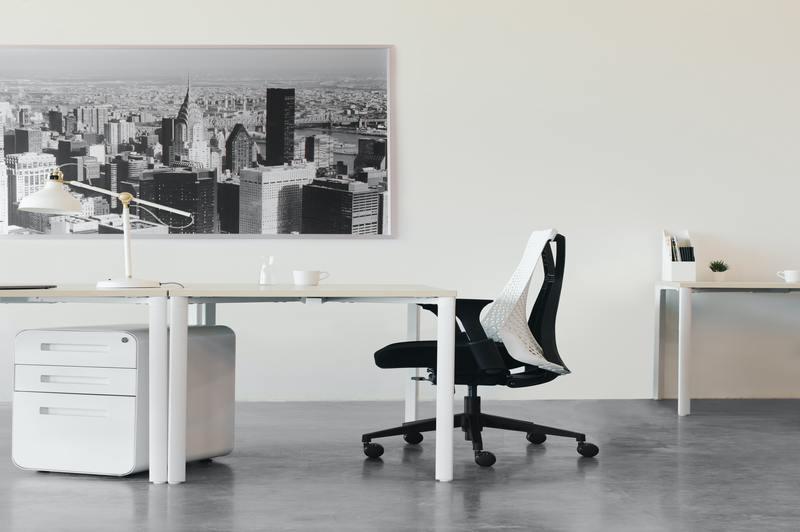 how to adjust office chair tilt