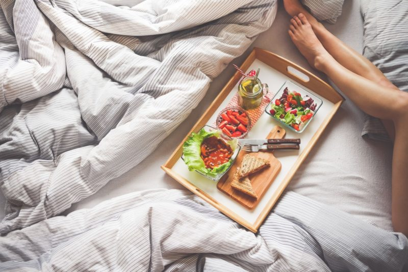 what to eat before bed to gain muscle