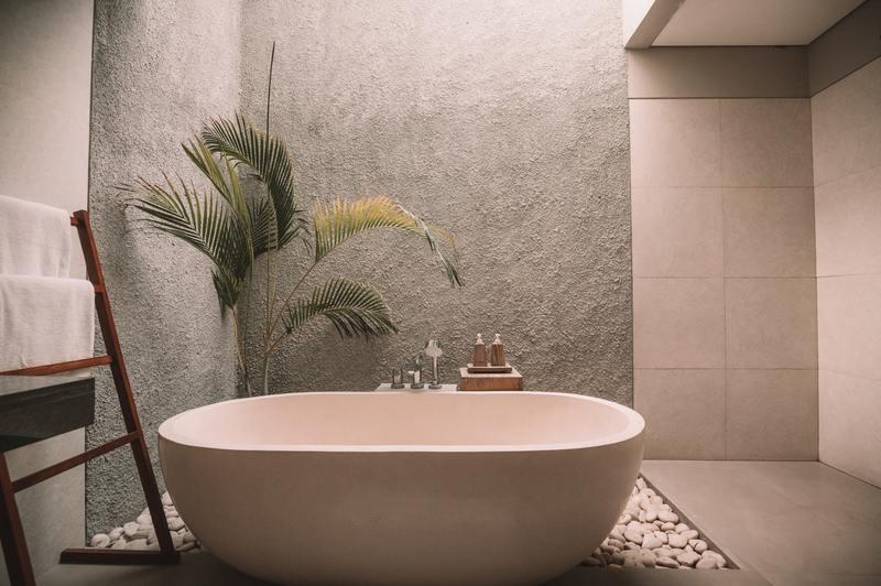 how to repair water damaged drywall in bathroom