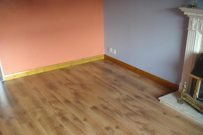 how to repair water damaged laminate flooring