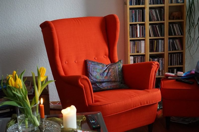 how to reupholster a sofa chair