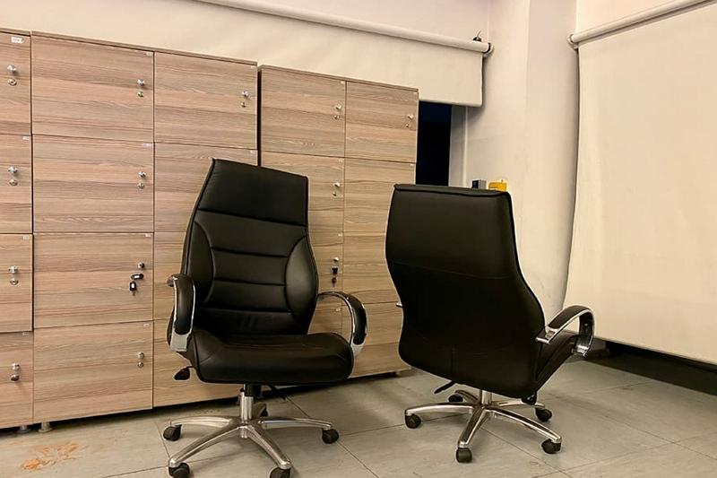 Swivel Desk Chairs