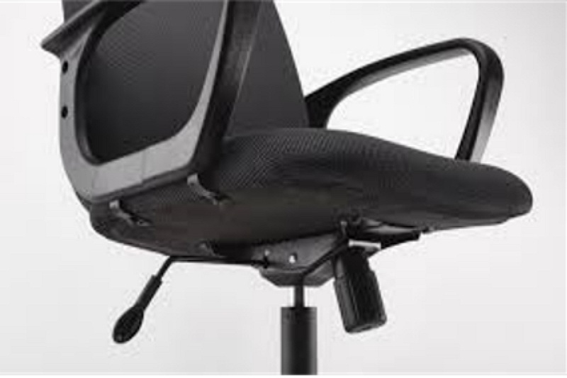 how to adjust swivel chair base so it stays in place