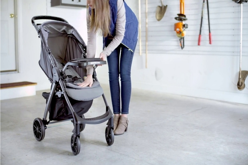 disassemble a Chicco Bravo stroller