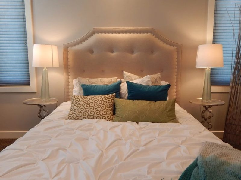 how much should i pay for a queen mattress