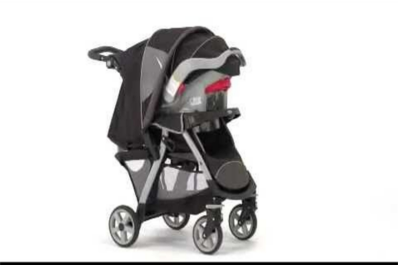 how to attach car seat to Graco stroller
