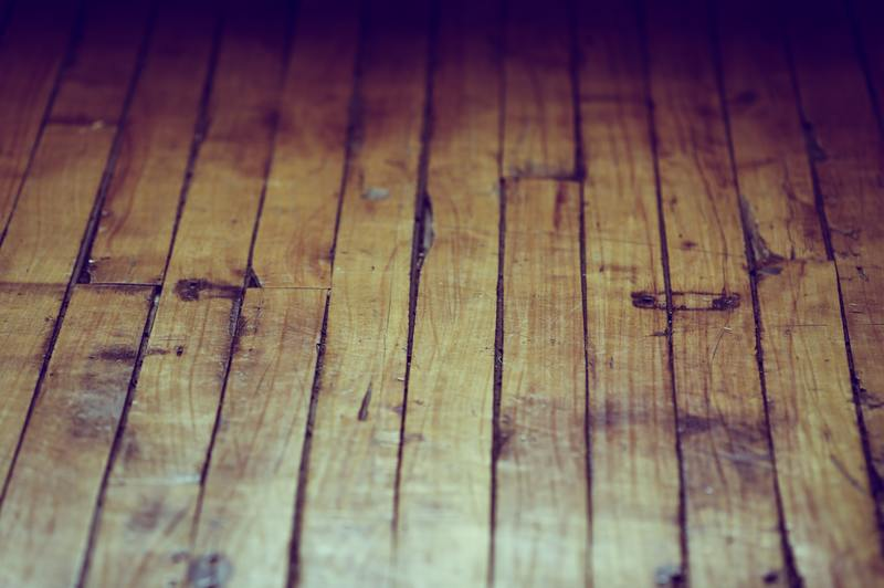 how to dry water damaged floorboards mold