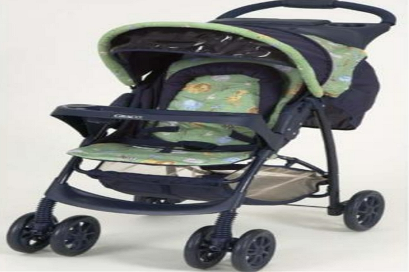 how to open a Graco Click Connect Stroller