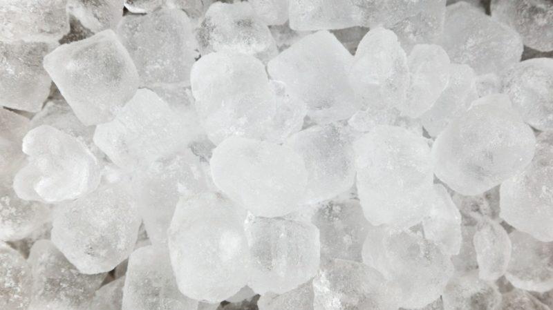 how to remove freezer from mini fridge