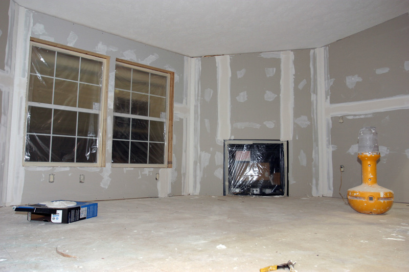 how to tell if drywall is water damaged