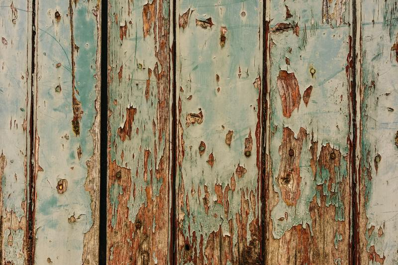 how to tell if wood is badly damaged by water