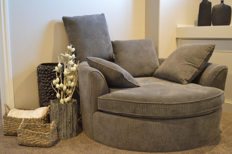 how much should I spend on a reclining loveseat