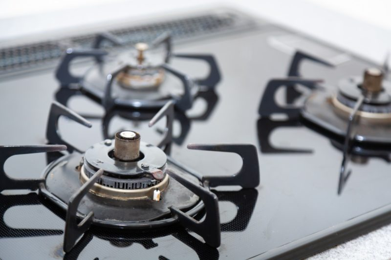 How to clean coil stovetop