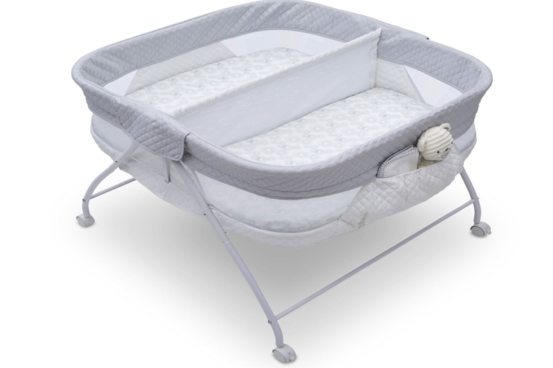 How to fold a side by side double Bassinet