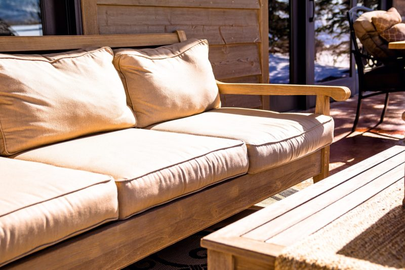 loveseat with innerspring cushions