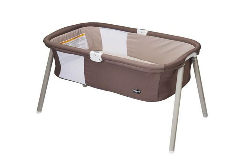 fold a Chicco Lullago bassinet