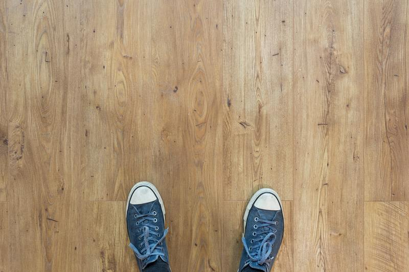 how does insurance pay to fix water damaged floors