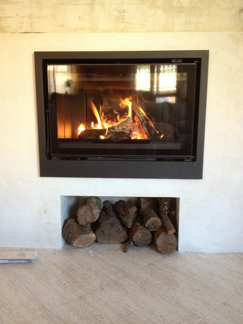 how to line a wood stove with fire brick
