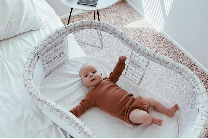 how to set up bassinet bedding