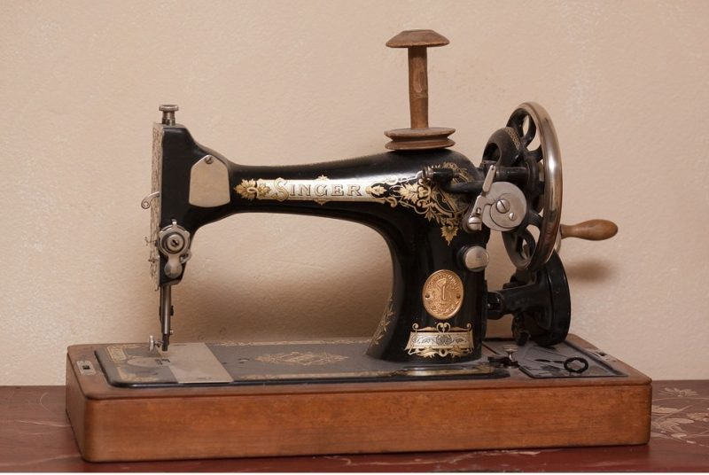 where are singer sewing machines made