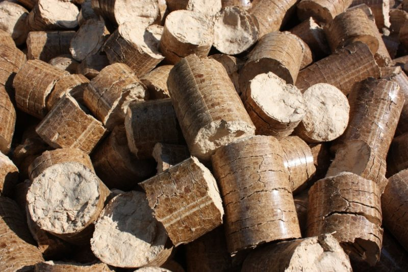 where to buy wood stove pellets