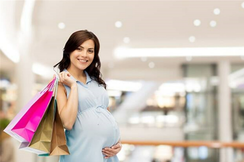 When Do You Start to Wear Maternity Clothes