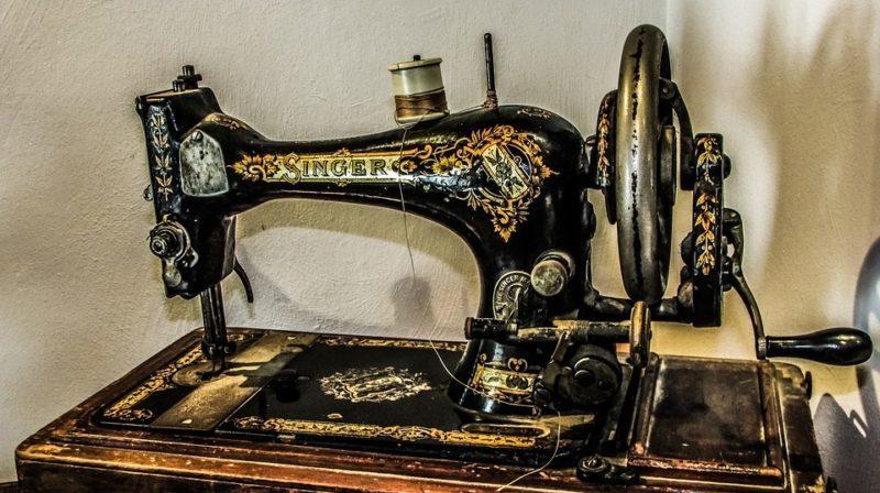 how to change singer sewing machine motor belt